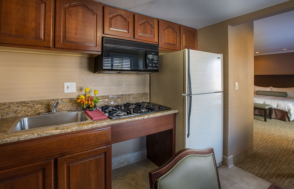 Coast Anabelle Coast Premium King Studio Suite Kitchen