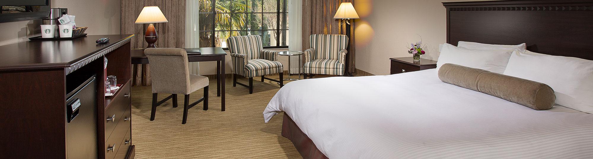 Deluxe King Hotel Burbank Coast Anabelle